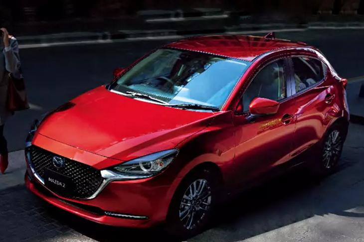 Хэтчбек Mazda2 обновился исменил имя вЯпонии