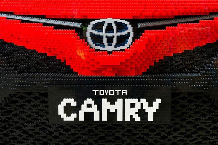 Тоёта  представила хэтчбек Corolla обновленного поколения